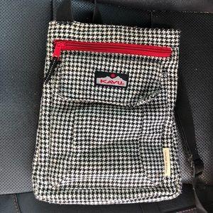Limited edition Kavu crossbody purse